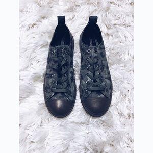 Converse Camo Chuck Sneakers
